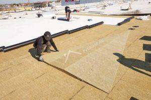 Монтаж клиновидного утеплителя из базальтовых плит